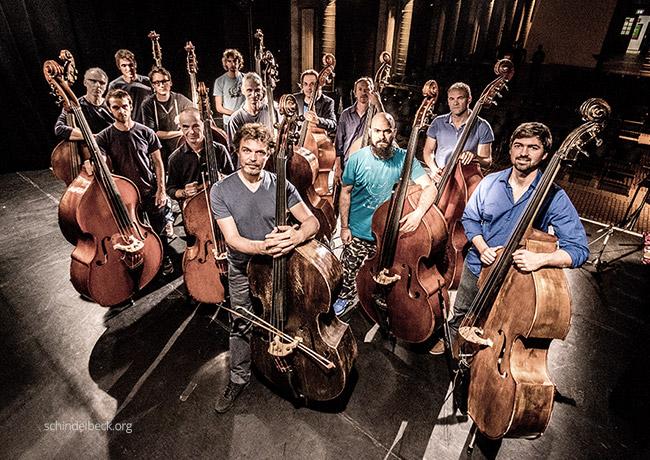 Foto von Sebastian Gramss und 12 weiteren Bassisten - Bassmasse