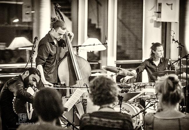 Haz'art Trio by Frank Schindelbeck