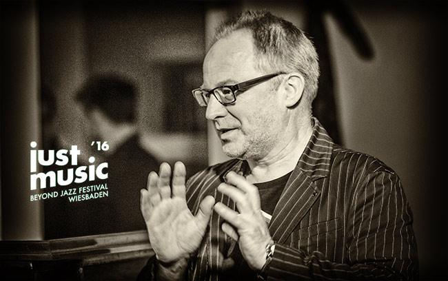 Raimund Knösche, Jazzarchitekt & Festivalchef Just Music Beyond Jazz Festival - Foto: Frank Schindelbeck