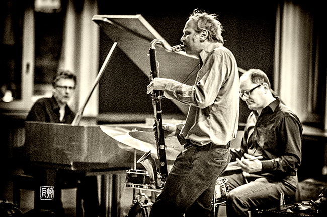 Uwe Oberg, Rudi Mahall, Michael Griener - by Frank Schindelbeck Jazzphotography