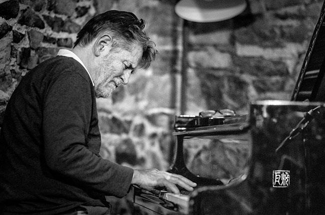 Der Pianist Alexander von Schlippenbach - Photo: Frank Schindelbeck Jazzfotografie