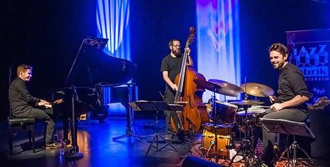Pablo Held Trio - Foto: Mümpfer