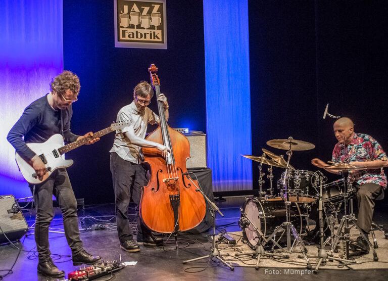 Jakob Bro Trio - Foto: Mümpfer