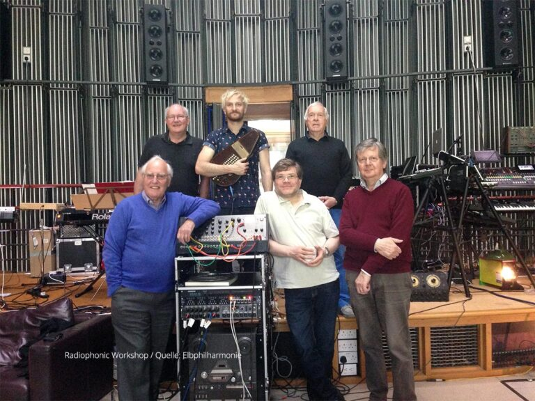 Radiophonic-Workshop-Elbphilharmonie-Synthesizer-2018-1200p