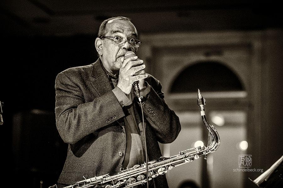 Ernie Watts - Photo: Frank Schindelbeck
