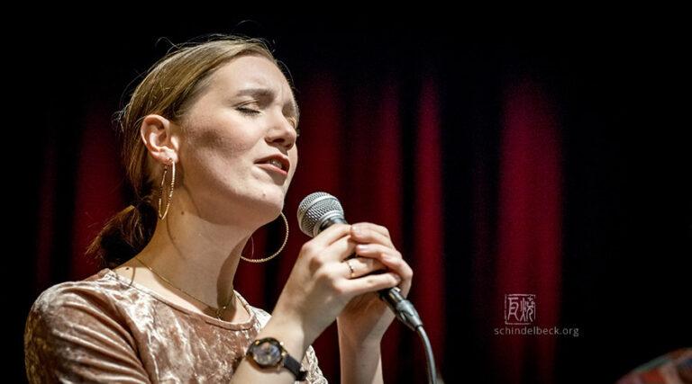 Laura Totenhagen - Photo: Schindelbeck