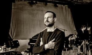 Etienne Nillesen by Frank Schindelbeck Photography