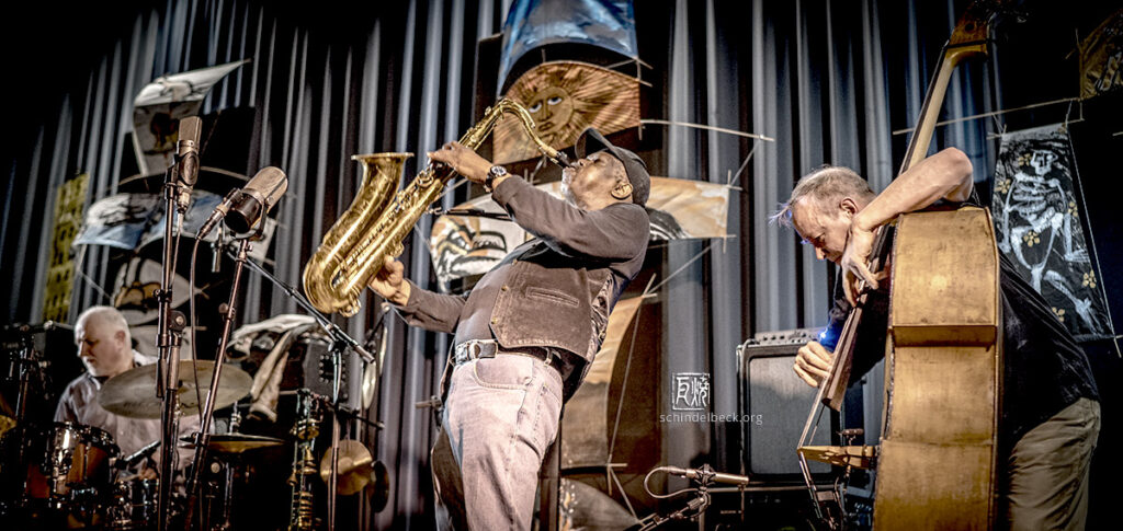 Joe McPhee, John Edwards, Klaus Kugel - Photo: Schindelbeck