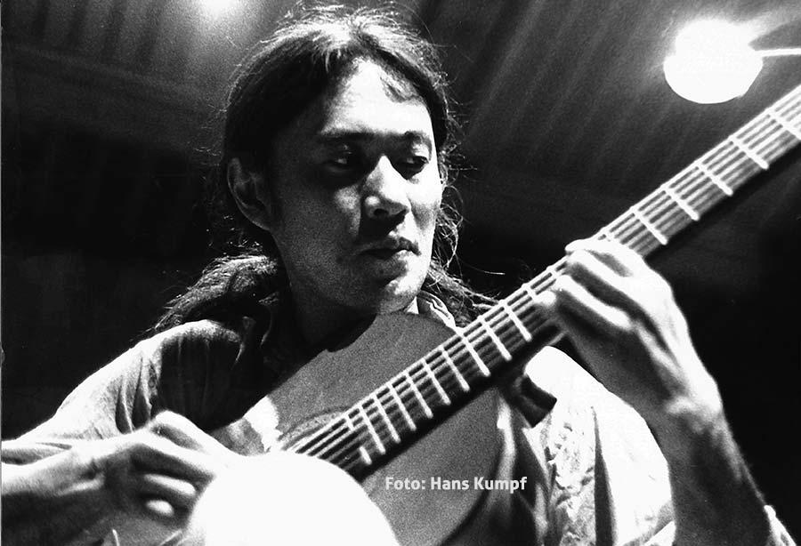 Ryo Kawasaki - Photo: Hans Kumpf