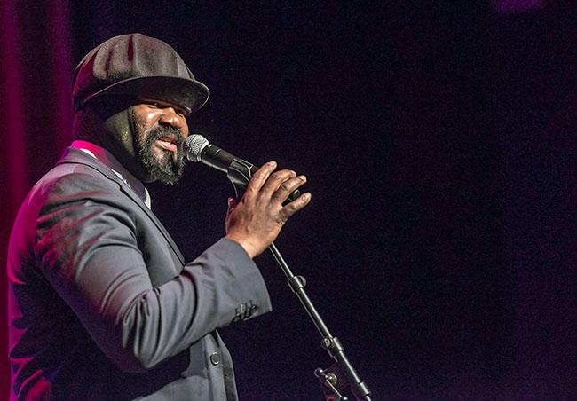 Gregory Porter bei Treffpunkt Jazz in Mainz - Foto: Mümpfer