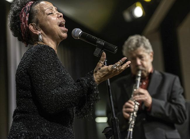 Lillian Bouté und von Essen (Barrelhouse Jazzband) - Foto: Klaus Mümpfer
