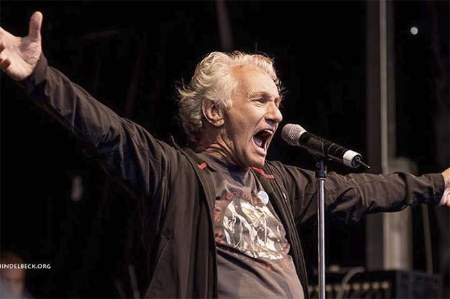 Mani Neumeier on stage - Photo: Frank Schindelbeck